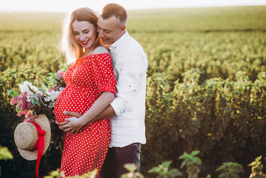 How To Get Stunning Maternity Photos Ideas For Maternity Photo Shoot